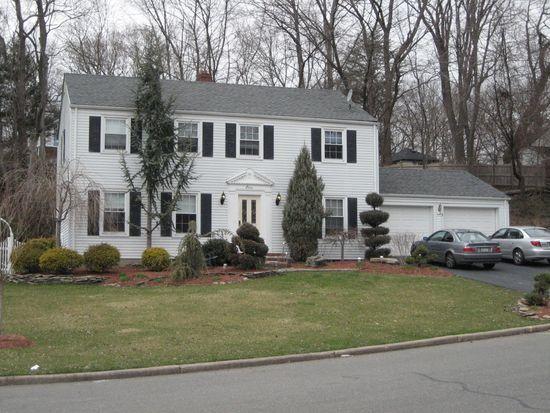 11 Chimney Ridge Ct, Township Of Washington, NJ 07676