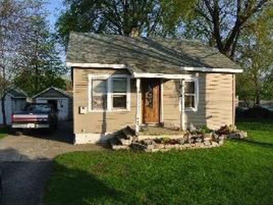 449 N River St, Montgomery, IL 60538