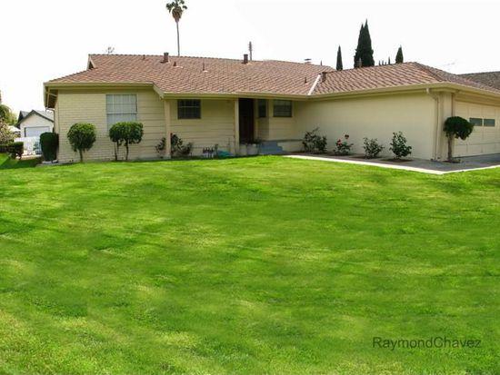 2117 Hoover Dr, Santa Clara, CA 95051