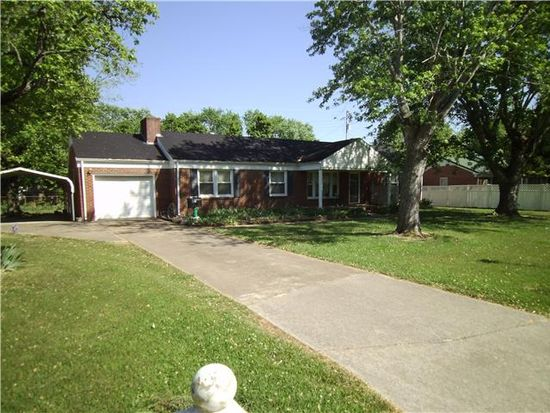 816 Fair Ave, Lawrenceburg, TN 38464