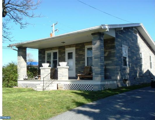 403 Water St, Temple, PA 19560