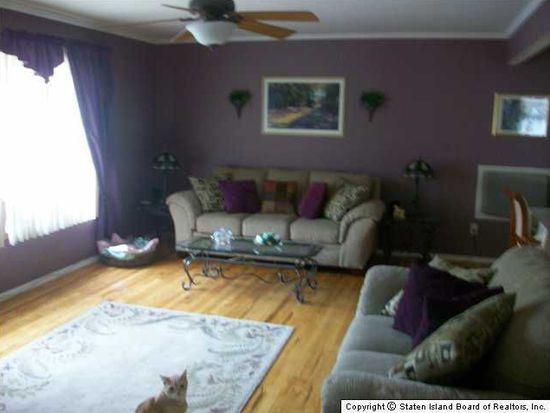 1304 Woodrow Rd, Staten Island, NY 10309