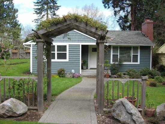 4522 NE 93rd St, Seattle, WA 98115