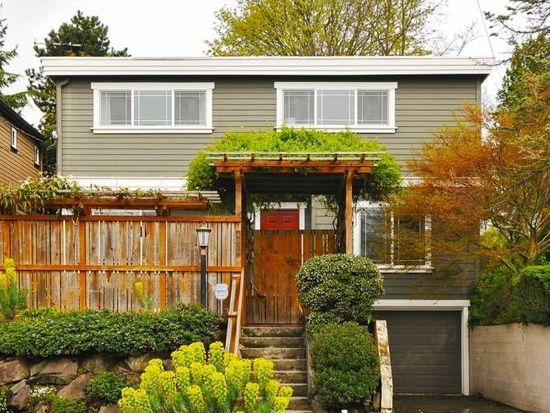 4028 NE 57th St, Seattle, WA 98105