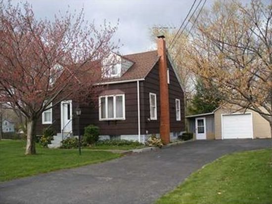 3422 Hampshire Rd, Erie, PA 16506