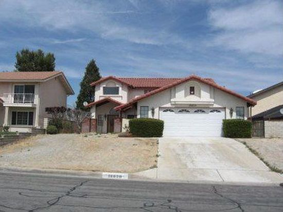 18020 Pebble Beach Dr, Victorville, CA 92395