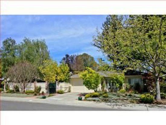 1533 Walnut Dr, Palo Alto, CA 94303
