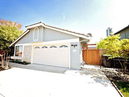 2906 Cascade Ln, Fairfield, CA 94533