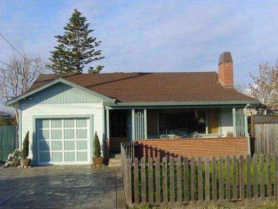 3305 Roland Dr, Santa Cruz, CA 95062