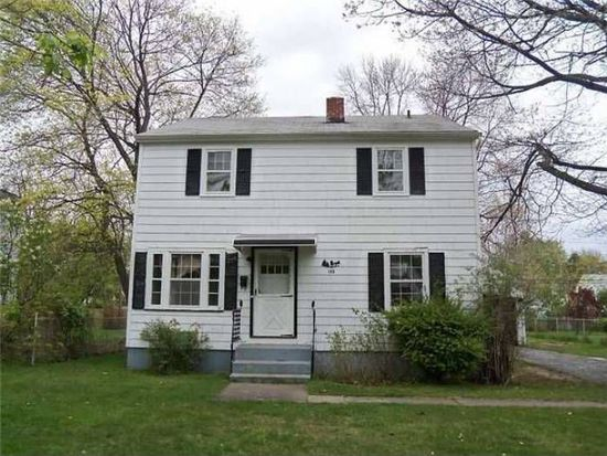 130 Chesterton Rd, Rochester, NY 14626