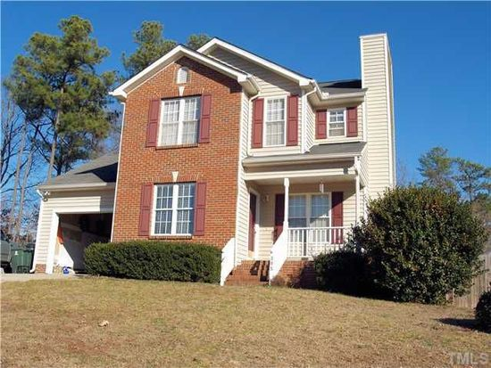 305 Adelaide Rd, Holly Springs, NC 27540