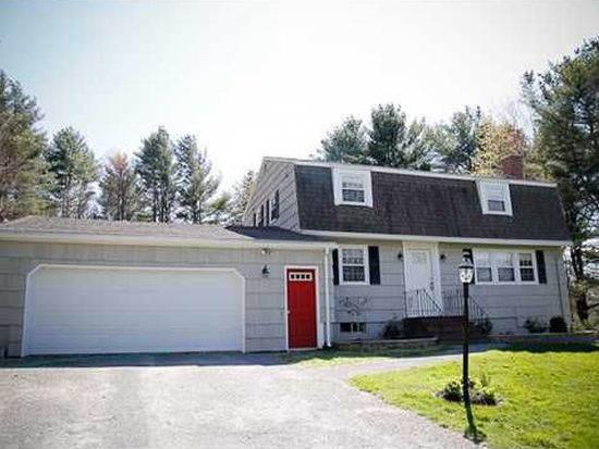 1 Surrey Ln, Cumberland Foreside, ME 04110