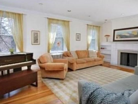 128 Sewall Ave UNIT B, Brookline, MA 02446