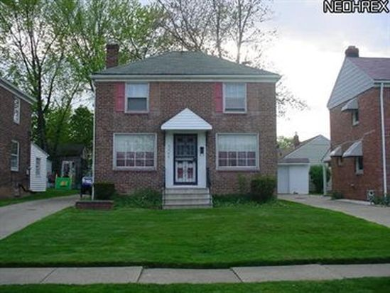 5566 Beechwood Ave, Maple Heights, OH 44137