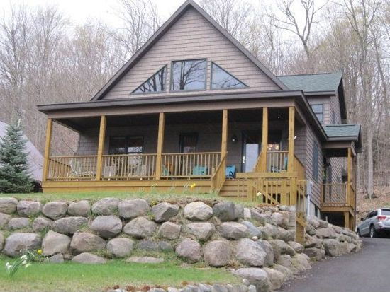 625 Hollywood Rd, Old Forge, NY 13420