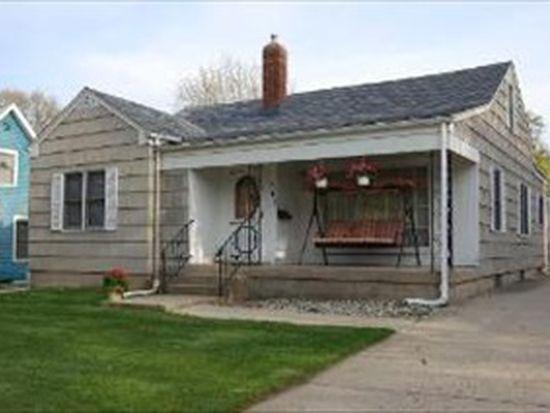 683 Oakland Ave, Elgin, IL 60120