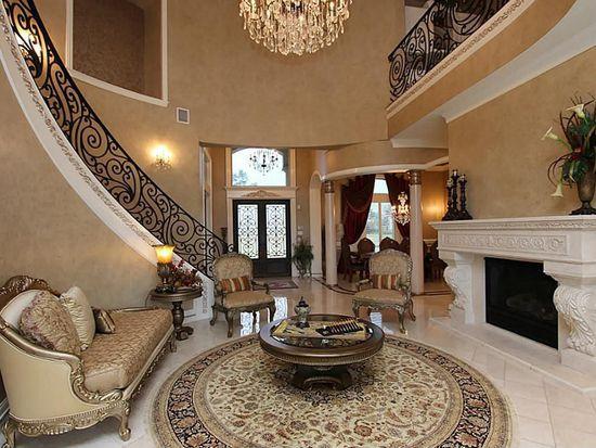 82 Manor Lake Estates Cir, Spring, TX 77379