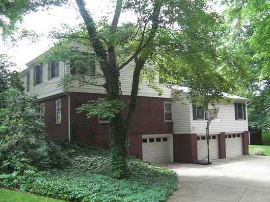 1400 Pennsylvania Ave, Oakmont, PA 15139