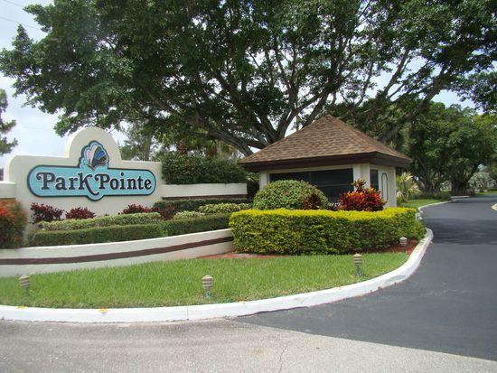 3075 Lucerne Park Dr, Greenacres, FL 33467