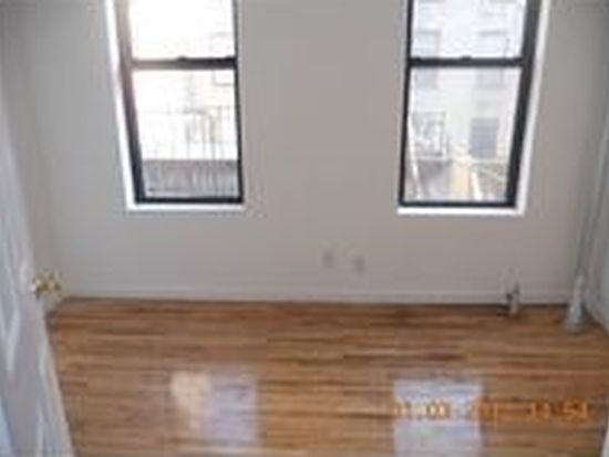 174 Thompson St APT 5RS, New York, NY 10012