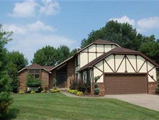214 Kensington Park Cir, Tallmadge, OH 44278