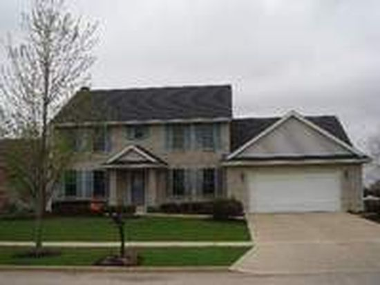 1323 Yorkshire Dr N, Sycamore, IL 60178