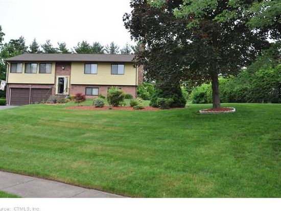 30 Prasser Dr, East Hartford, CT 06118