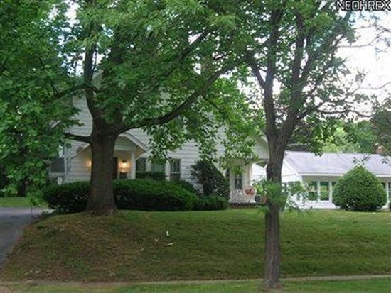 2805 Park Dr S, Silver Lake, OH 44224