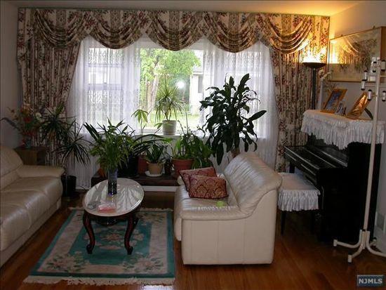 426 Hopper Ave, Ridgewood, NJ 07450