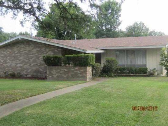 3941 Wentworth Ave, Port Arthur, TX 77642