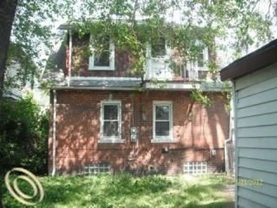 15753 Hartwell St, Detroit, MI 48227