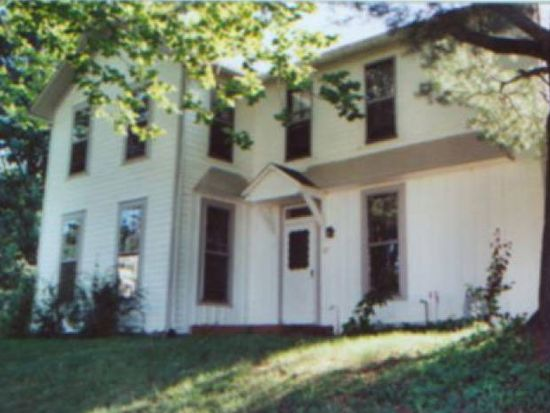 27 Franklin St, Amesville, OH 45711