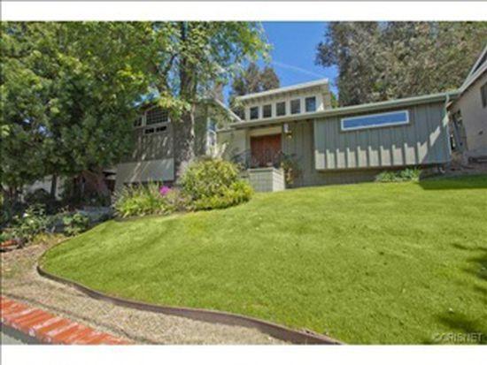 5108 Don Pio Dr, Woodland Hills, CA 91364