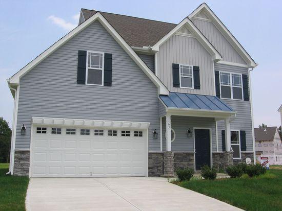 63 Willowbrook Cir, Clayton, NC 27527