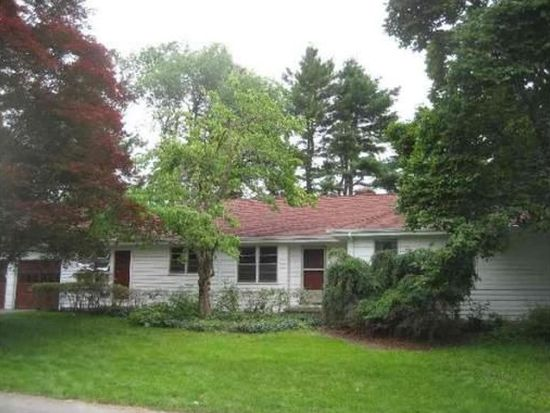 4 Forbes Ln, Andover, MA 01810