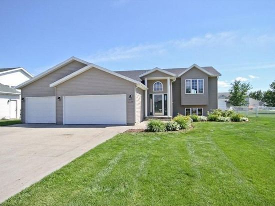 1175 6th Ave W, West Fargo, ND 58078