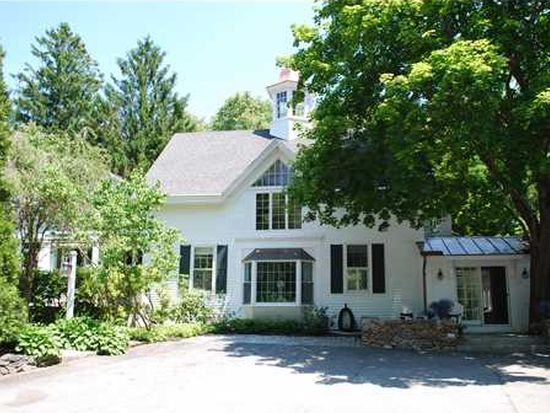 169 Foreside Rd, Falmouth, ME 04105