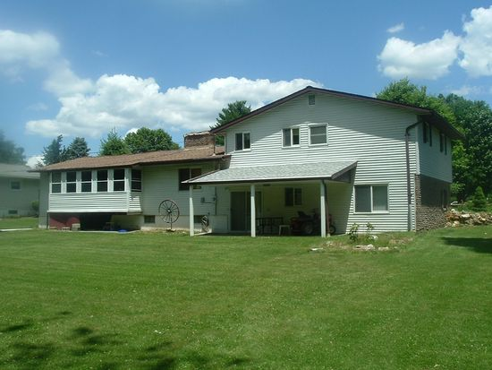 4874 Bowood St, Center Valley, PA 18034