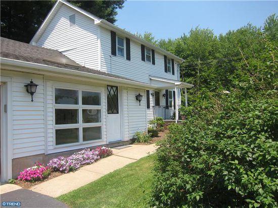 68 Marshall Corner Woodsville Rd, Hopewell, NJ 08525
