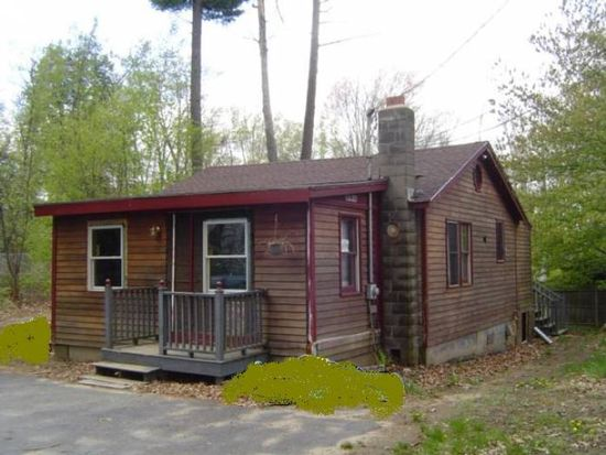 3 Spring Ln, Sandown, NH 03873