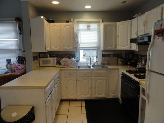 3 Homestead Ave, Danbury, CT 06810
