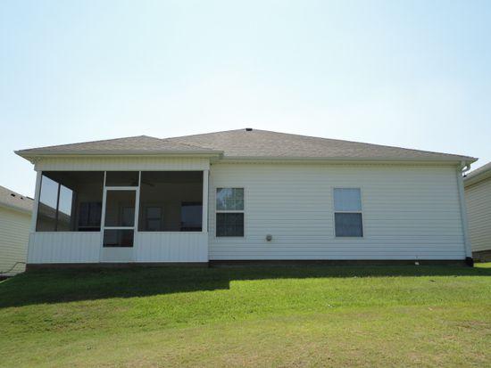 330 Spyglass Hill Dr, Perry, GA 31069