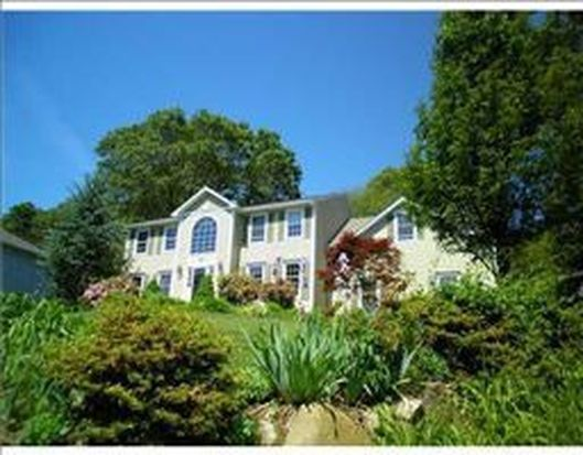 320 Wickham Rd, North Kingstown, RI 02852