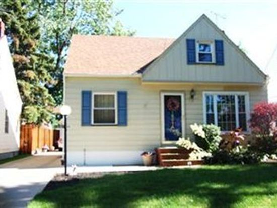 18814 Fairway Ave, Maple Heights, OH 44137