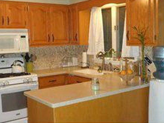 958 Robin Rd, Amherst, NY 14228