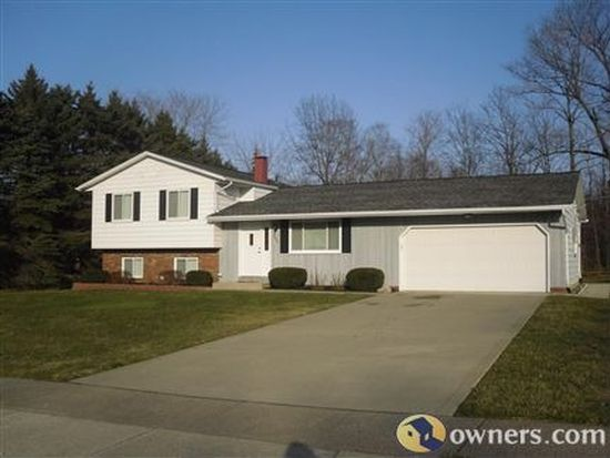 295 Hyder Dr, Madison, OH 44057