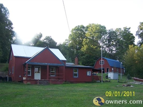 165 Willow Ln, Fayetteville, WV 25840