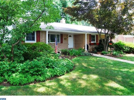 1655 Garfield Ave, Wyomissing, PA 19610