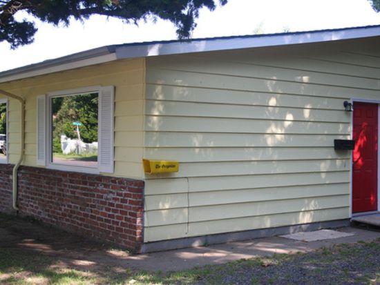 8526-8530 SE Hawthorne Blvd, Portland, OR 97216