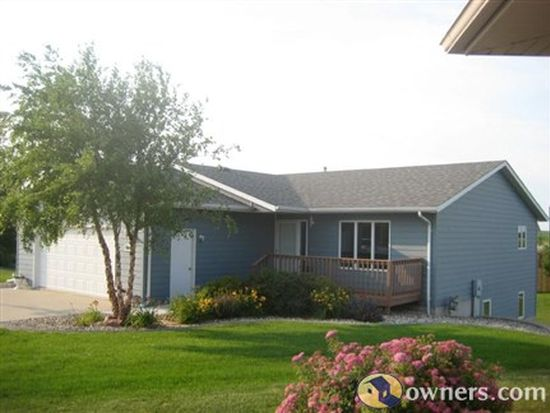 1010 Westview Dr, Dell Rapids, SD 57022